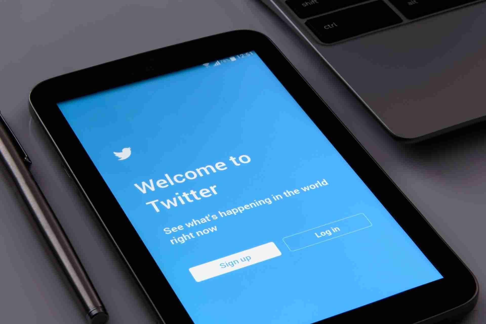 twitter on tablet